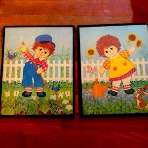 VTG Raggedy Ann and Andy wooden plaques